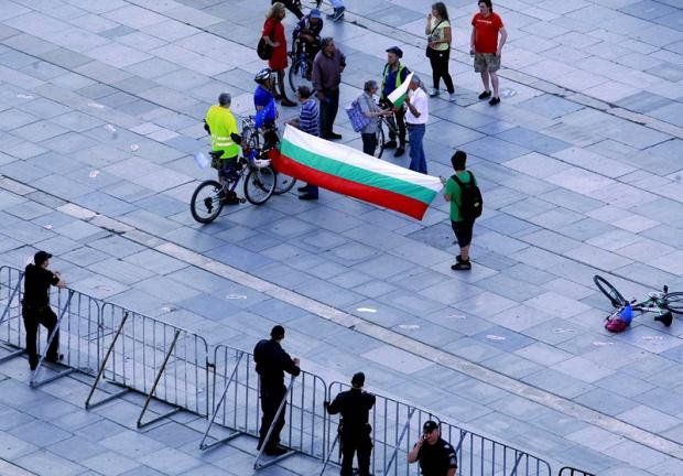Едва 20 000 българи гласуваха в чужбина