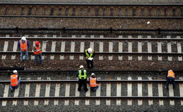 Груевски: Пускаме втората част от жп-връзката с България