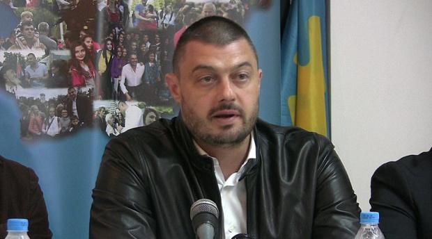 Според Бареков идва тежко време за политиците