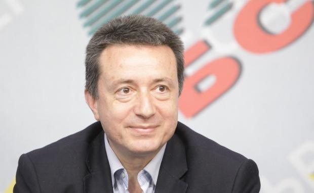 БСП преживя най-тежката си загуба, смята Янаки Стоилов