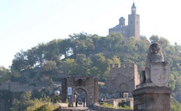 Откриха тайнствен манастир край Царевец