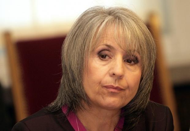 Маргарита Попова иска яснота за мястото на прокуратурата