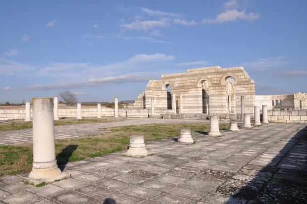 Голямата базилика в Плиска е българският Партенон и Колизеум