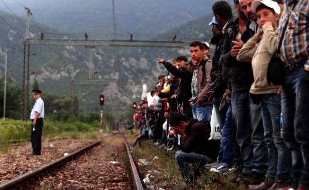 ЕС одобри задължителни квоти за 40 000 бежанци