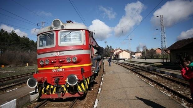 Възобновяват жп връзката между София и Москва