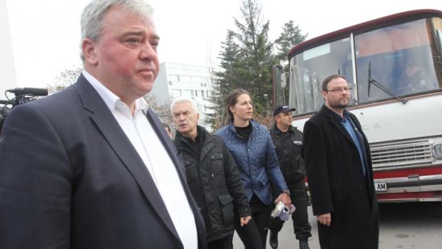 Волен Сидеров е задържан за 72 часа