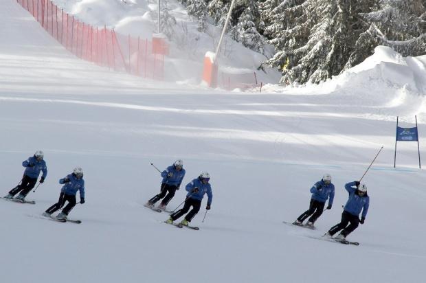Български треньори и национал по ски пострадаха при катастрофа в Австрия