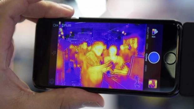 """""""Катерпилар"""" представи първия смартфон с вградена термална камера"""