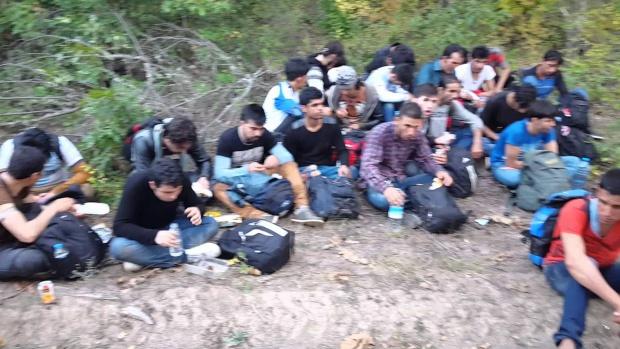 Обществото разделено за гражданските арести! МВР отговаря с нови правила за поведение при среща с незаконните мигранти!