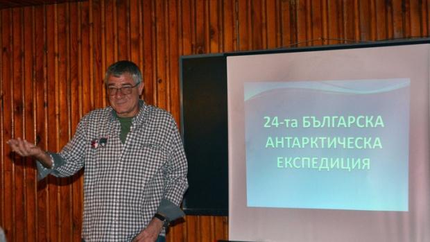 Българската антарктическа експедиция е предотвратила екологична катастрофа на о-в Ливингстън
