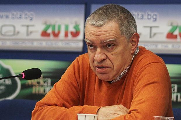 Ако няма компромис за Изборния кодекс, ще се върви към предсрочен вот, заяви проф. Михаил Константинов