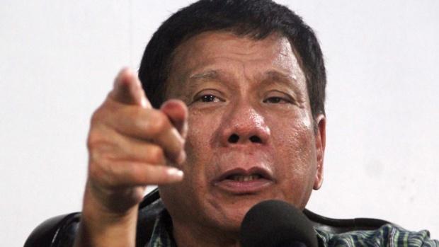 Филипинският президент: Убивайте корумпирани журналисти