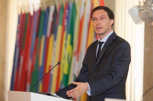 Митов: Русия загуби икономическото съревнование с Европа и военното с НАТО