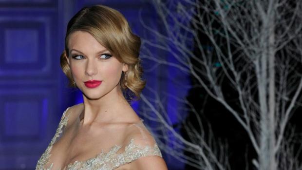 Тейлър Суифт е най-високоплатената знаменитост