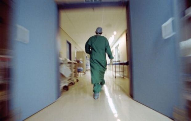 Лекарските специализации и дупките в здравната система