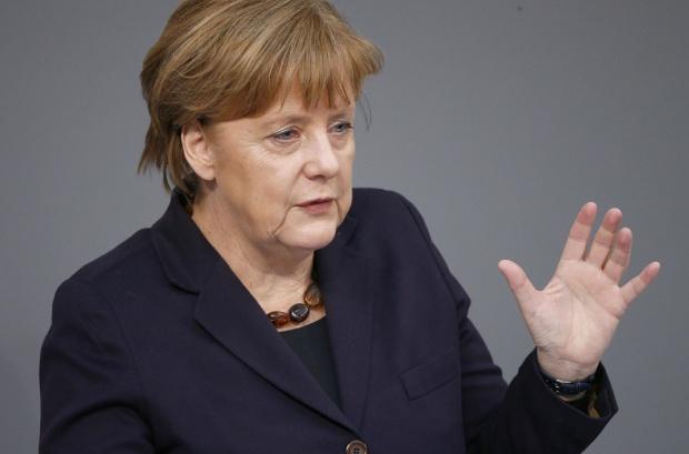 """Ангела Меркел: Тези избори ще бъдат по-трудни след националното обединение"""" през 1990 г."""