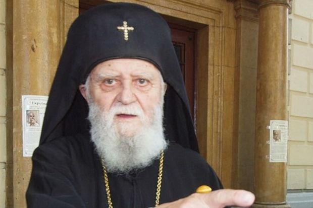 След тежко боледуване почина Врачанският митрополит Калиник