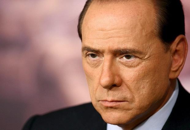 Силвио Берлускони продаде Милан