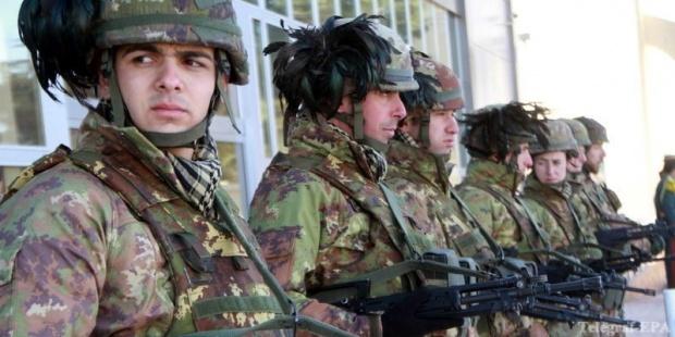 Италианската армия помага на бедстващите в Сицилия