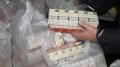 Задържаха трима полицаи за кражба на цигари за над 2 млн. лв.