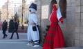 Гости и жители на Хасково се радват на гигантски Пижо и Пенда