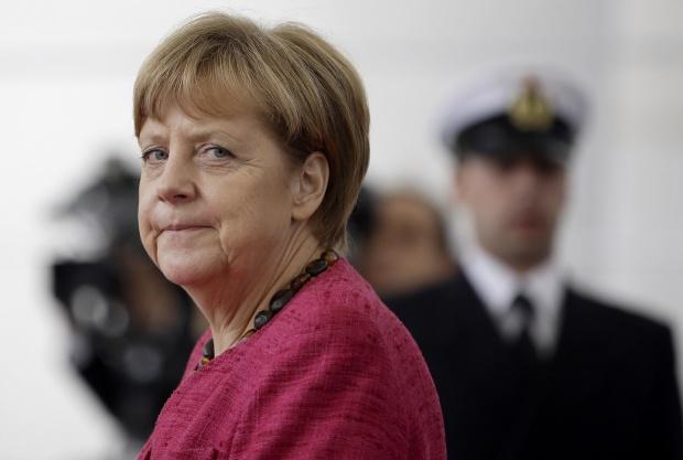 Меркел предупреди за нови забрани за турските агитации в Германия