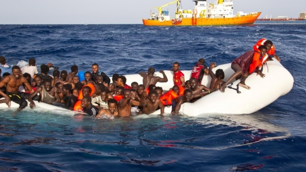 ЕС пуска над 12 млн. евро спешна помощ на Италия за справяне с мигрантите