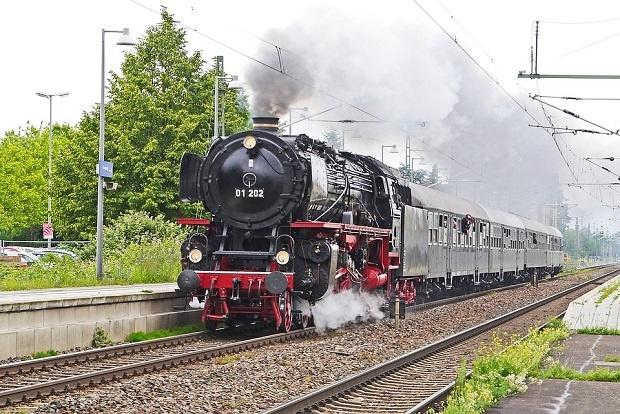 БДЖ организира aтракционно пътуване с парен локомотив