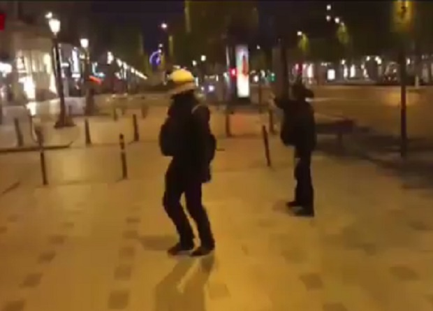 Убиха полицай в центъра на Париж, нападателят е застрелян (ВИДЕО)
