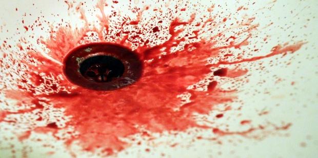 Фермер нахапа жестоко опонент в канибалски екшън в Монтанско