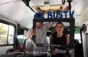 Заради недостига на печатни медии, венецуелците вече се информират на