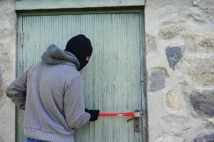 Частен имот във вилната зона на град Балчик е обран,