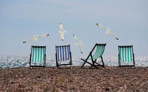 Министърът на туризма Николина Ангелкова провери състоянието на морските плажове
