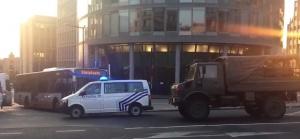 Снимка: Евакуираха жп гарата в Брюксел заради взрив