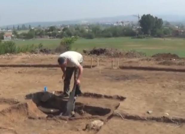 """Чист късмет имат археолозите, които проучват обект на бъдещия лот от """"Струма"""""""