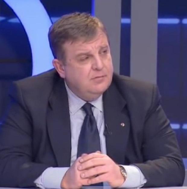 Красимир Каракачанов: Наборната военна служба се налага