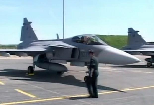 Създадоха комисия, която да проверява бойните самолети
