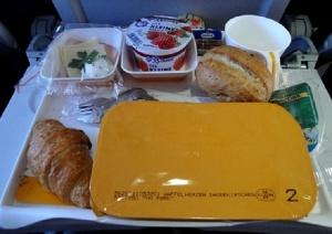 Пътуването със самолет понякога е доста натоварващо, дори и да