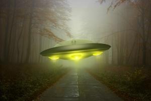 Голяма част от хората, които вярват в извънземни, са най-обикновени