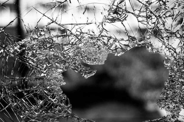 Един човек загина при тежка катастрофа на Е79
