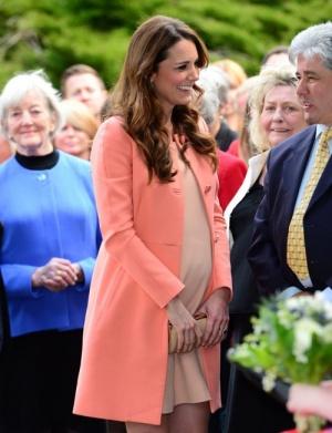 Бременнта Кейт се появи за първи път