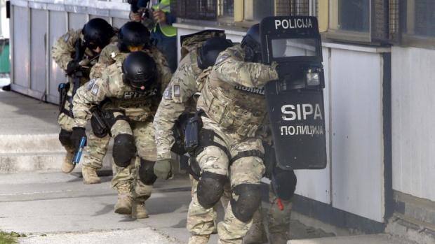 ЕС и НАТО тренират с Босна срещу терористи