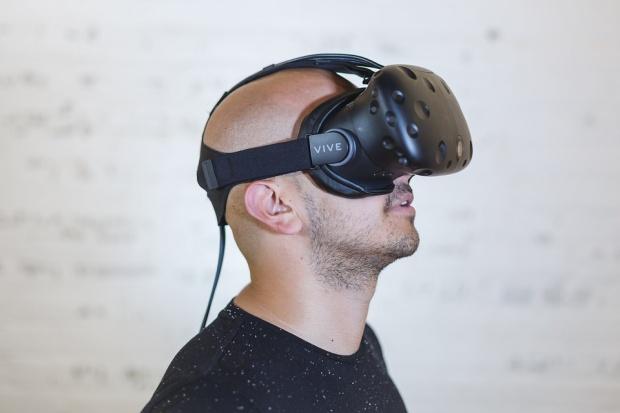 На туристическо изложение в Лондон разглеждат България с VR очила