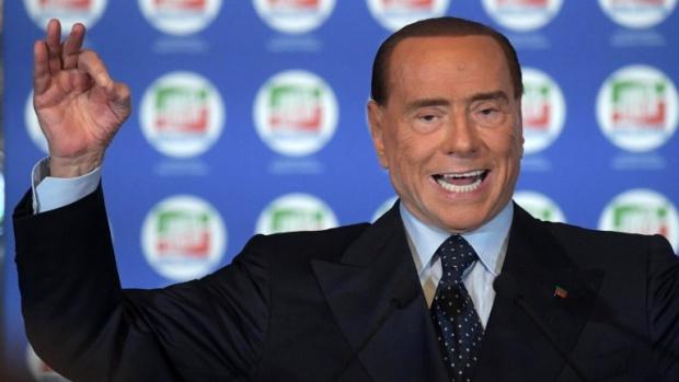 Берлускони намекна, че генерал може да е следващият премиер на Италия