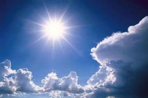 Топло и слънчево ще бъде времето днес