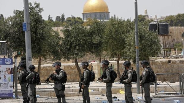 Не признавайте Йерусалим за столица на Израел, предупредиха арабите САЩ