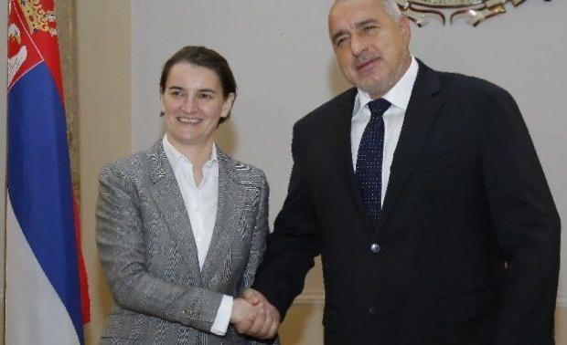След два дни подписваме за роуминга със Сърбия