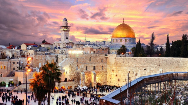 Турчин тръгна пеша от Истанбул за Йерусалим