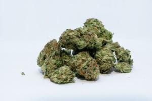 Две нарколаборатории са разкрити в Сливенско, иззети са метамфетамин и