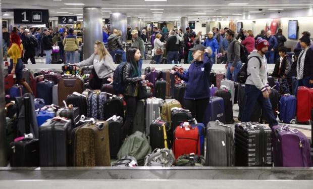 Над 1000 отменени полети от Хюстън заради лошото време